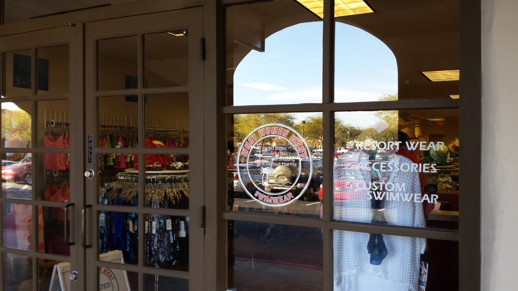 store front close